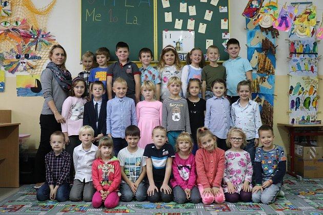 Prvňáčci ze třídy 1.Aze ZŠ 28.října vPříbrami ve školním roce 2019/2020.
