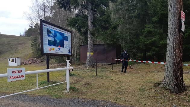 Zákaz vstupu k vodním nádržím v Brdech.