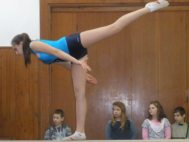 Okresní kolo ve sportovní gymnastice.