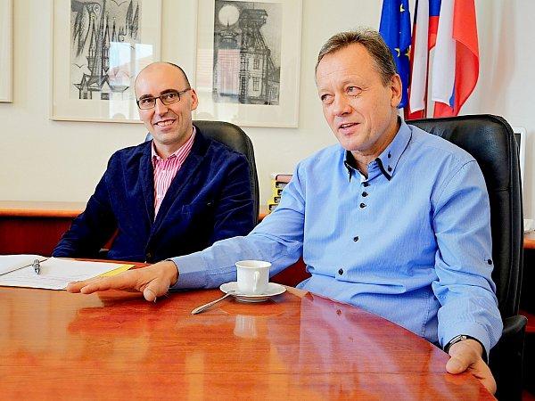 Místostarosta Václav Švenda a radní Václav Dvořák.