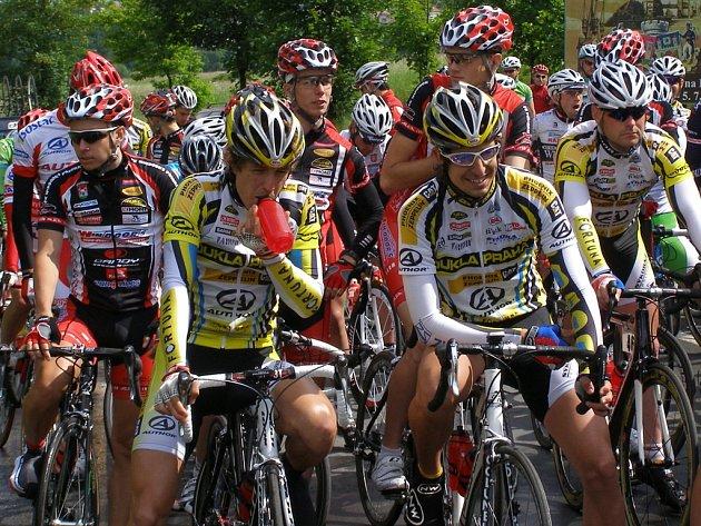 Start 2. etapy závodu Lidice 2009.