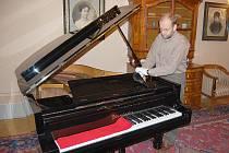 Klavír Bösendorfer a Petr Dvořák