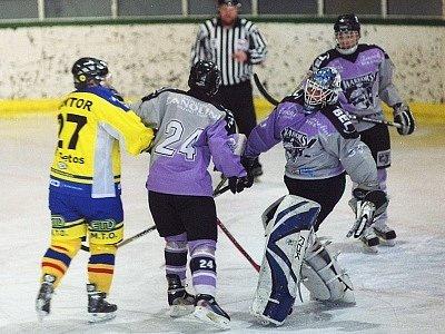 Cetos Cup 2008: semifinále mezi Cetosem a Bolzenem.
