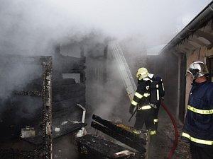 Požár v obci Jince na Příbramsku