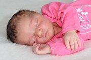 Nela MACHAČNÁ se narodila 20.dubna s váhou 4,2 kg a mírou 52 cm rodičům Stanislavě a Janovi z Prahy. Doma čeká bráška Jakub (2).