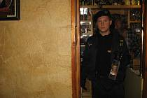 Policejní kontrola v příbramských provozovnách.