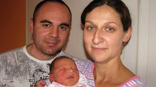 Od soboty 11. září má maminka Michaela spolu s tatínkem Václavem ze Staré Huti radost ze svého prvního děťátka – dcerky Anežky Pechrové, která po narození vážila 3,10 kg a měřila 51 cm.