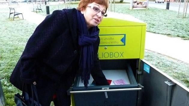 Knihovna Jana Drdy připravila pro své čtenáře vánoční dárek v podobě nové služby Biblioboxu.