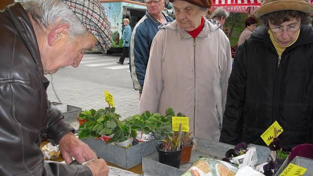 První letošní farmářský trh v Příbrami.