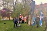 Radní Martin Herman položil kytici k pomníku Antonína Dvořáka