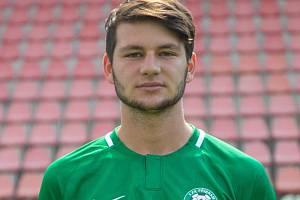 Devatenáctiletý záložník 1. FK Příbram Dominik Hloušek.