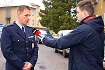 Šéf příbramské policie René Peták před novináři.