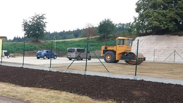 Provoz kompostárny je zatím ve zkušebním provozu.