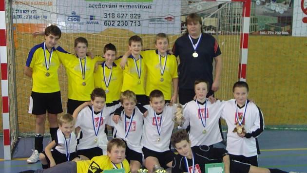Družstva Březnice, která proti sobě hrála finále.