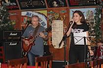 Příbramská kapel Blue Vibes.