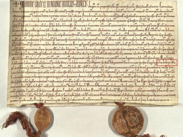 Fotografie originálu listiny z 20. června 1216, v níž se poprvé zmiňuje Příbram.