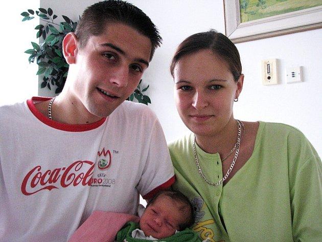 Ve středu 22. října přivítala maminka Simona spolu s tatínkem Josefem z Příbrami na světě svoji první princezničku Barborku Langovou, která v ten den vážila 2,74 kg a měřila 48 cm.