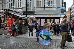 Z výletu dětí z Jinec o pololetních prázdninách do Prahy.