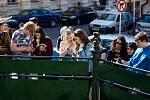Studenti příbramského gymnázia vytvořili aplikaci, která proveze turisty historickým centrem města a připomene tragické události, k nimž došlo v Příbrami za heydrichiády na jaře 1942.
