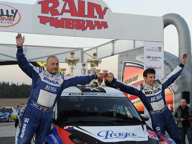 Vítězové Rally Příbram 2011 i celého MMČR v rally - posádka Kresta, Gross.