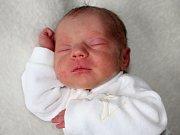 MILADA BENEŠOVÁ, dcerka Evy a Michala z Cetyně, se narodila v sobotu 13. května, vážila 2,30 kg a měřila 46 cm. Ochraňovat ji bude bratr Horác.