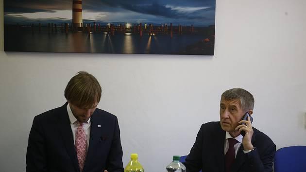 Z pracovní návštěvy premiéra Andreje Babiše v Oblastní nemocnici v Příbrami.