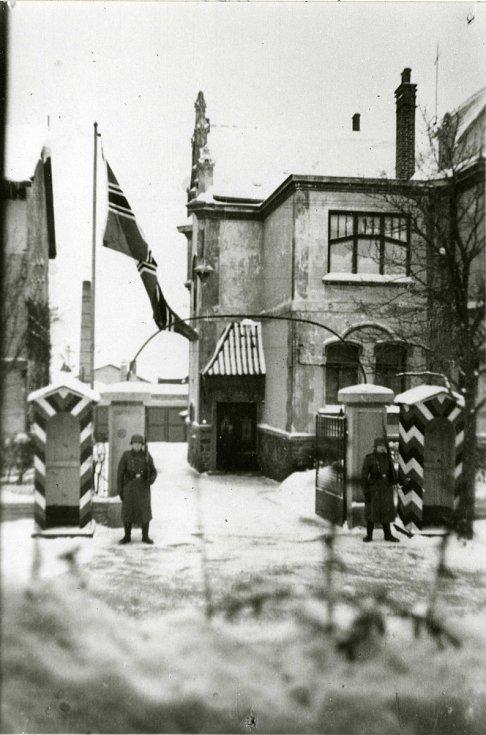 Vojáci Wehrmachtu obsadili v Příbrami dne 15. března 1939 mimo jiné i Kolaříkovu továrnu.