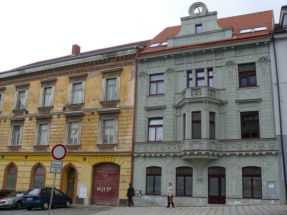 Historický dům s číslem popisným 152 a 153 na náměstí T. G. Masaryka v Příbrami.