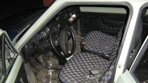 V Příbrami vykradou neznámí pachatelé v průměru tři auta denně