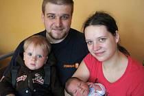 V pondělí 31. ledna si maminka Miloslava spolu s tatínkem Michalem z Příbrami prvně pochovali synka Pavlíka Linharta, který v ten den vážil 3,38 kg a měřil 50 cm.  Svět bude zkoumat s jedenačtvrtletým bráškou Patrikem.