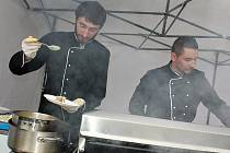 Food festival v Příbrami přilákal davy lidí. Snímky hovoří za vše.