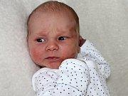 VÍTEK ŠTĚRBA se narodil v neděli 9. července o váze 3,24 kg a míře 51 cm rodičům Tereze a Martinovi z Rožmitálu.