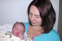 Zdeněk Gruber se mamince Karolíně a tatínkovi Zdeňkovi z Nové Vsi pod Pleší narodil v pondělí 7. září, vážil 3,53 kg a měřil 49 cm. Vyrůstat bude se skoro tříletou sestřičkou Dominikou.