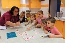 Z návštěvy budoucích prvňáčků a jejich rodičů v Základní škole Jiráskovy sady v Příbrami.
