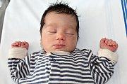 ALND SFUK, první miminko maminky Dariny a tatínka Sámera, se narodil ve čtvrtek 29. června o váze 2,74 kg a míře 48 cm.