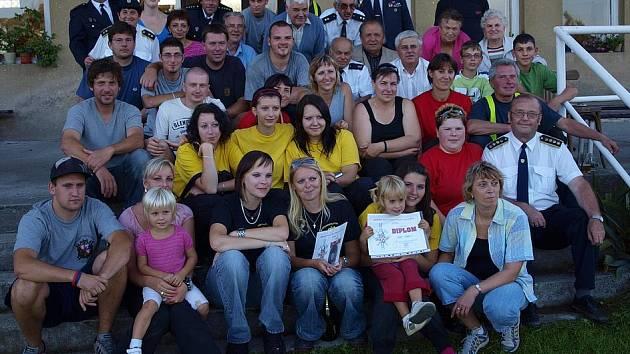 Věšínští hasiči s některými členy OSH Příbram.