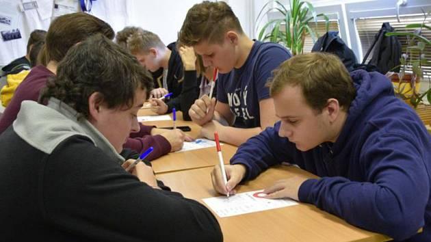 Oblastní turnaj v soutěži pIšQworky v Příbrami.