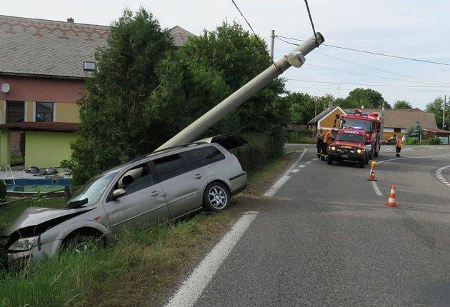Nehoda v Ouběnicích.
