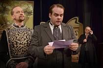 Roman Štabrňák si zahrál v komedii Brouk v hlavě dvojroli.
