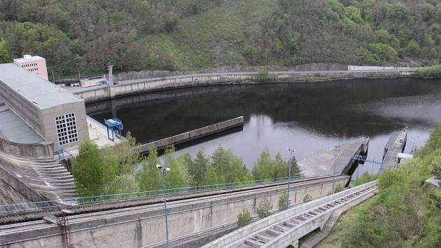 Orlická přehrada - lodní výtah.