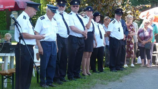 Z oslav 95. výročí založení Sboru dobrovolných hasičů v Krámech.