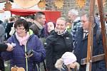 Na trzích bylo v jednu chvíli přes 300 návštěvníků.