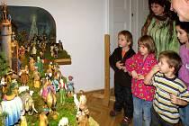 Úžasné historické betlémy z Příbrami a okolí každoročně obdivují malí i velcí návštěvníci příbramské Galerie Františka Drtikola.