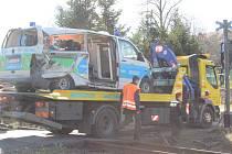 Tragická nehoda z dubna, vlak smetl v Čenkově sanitku převážející pacienta.