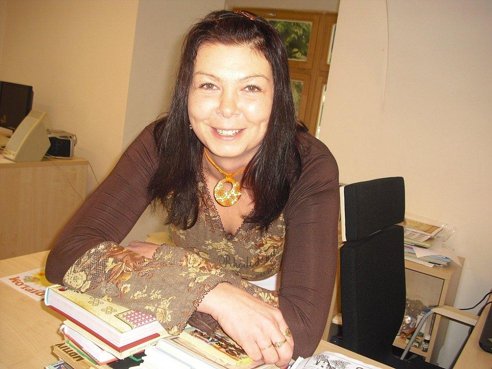 Knihovnice Kateřina Šefflová stále vymýšlí něco nového, aby zánovní společenské centrum nezahálelo.
