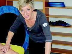 Vedle práce se sportovci se Marie Ludvíková sama věnuje několika sportům. Jezdí na lyžích, na kole a chodí plavat.