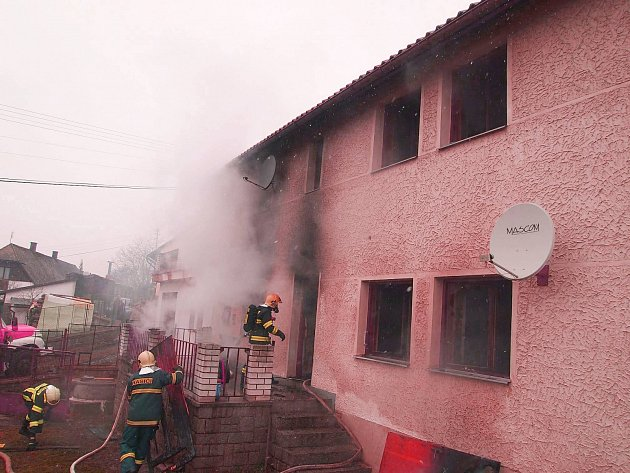 Požár rodinného domu v Nečíni.