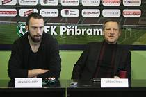 1.FK Příbram v pondělí 22. února představil dvě nové posily - trenéra Jiřího Kotrbu a útočníka Jana Vošahlíka.