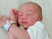 VIKTORIE HANDSCHUHOVÁ se narodila v sobotu 5. srpna o váze 3,60 kg rodičům Tereze a Adamovi z Nového Knína.