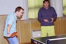 Sádek - Obecnice (9:9). Hostující Petr Steiner a František Steiner.